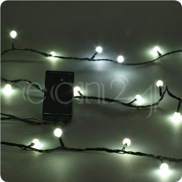 led lichterkette mit warmweiss beleuchteten kugeln. Black Bedroom Furniture Sets. Home Design Ideas